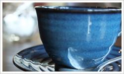 湯のみの茶渋を取る - 郡山市シニア家事代行